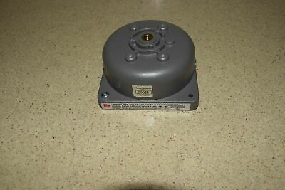 Federal Signal Corp Model 500 Volts 120 Amps 0.08 Hz 60 Series A1