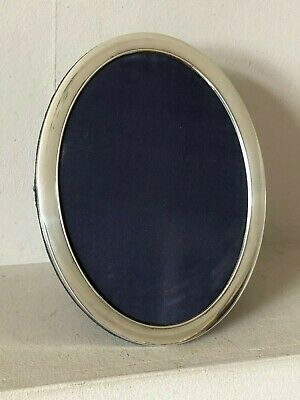 """Beautiful Quality Large 8"""" X 6.25"""" Oval R Carr Hallmarked Silver Photo Frame"""