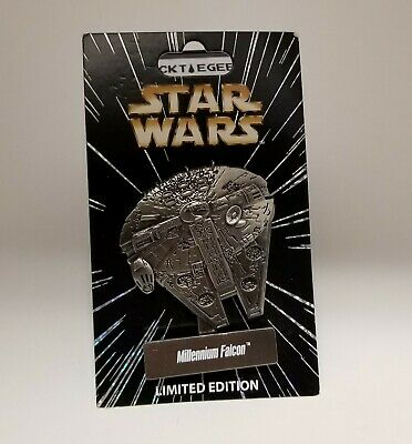 STAR WARS CELEBRATION ORLANDO 2017 Millennium Falcon PIN LE 6000 DISNEY RARE