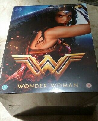 Wonder Woman Blu ray 3D collectors edition with exclusive Figure