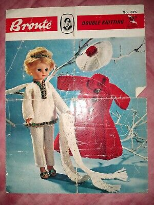 Vintage Bronte Doll's Clothes Knitting Pattern Dk Teenage Doll