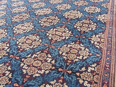A STYLISH NEW HANDMADE TRADITIONAL ORIENTAL CARPET. (322 x 242 cm )