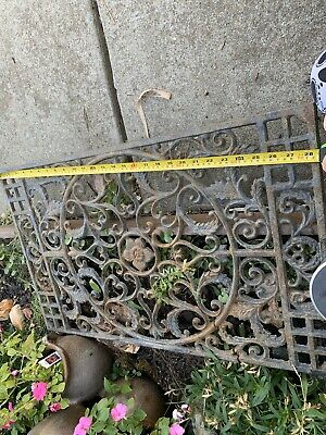 Antique Cast Iron Decorative ornate Heat Grate Wall/Floor Register (29.5x18))