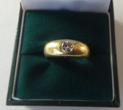 GOOD QUALITY HEAVY ANTIQUE VICTORIAN 18CT SOLID GOLD DIAMOND SOLITAIRE RING 5.2g