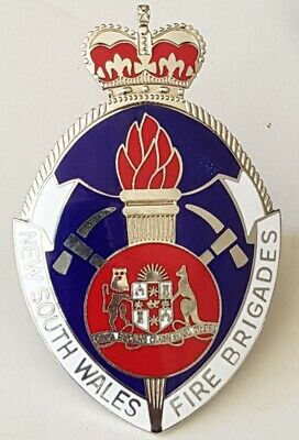 Obsolete NSW Fire Brigades Commissioned Officers cap badge