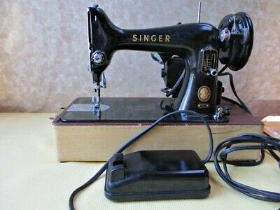 Vintage 1955 SINGER SEWING MACHINE, Model 99,   BZ 15-8, Working! Carrying CASE