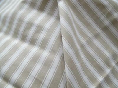 FABULOUS VINTAGE FRENCH TICKING - UNUSED - Per Metre- (15m available)(G)