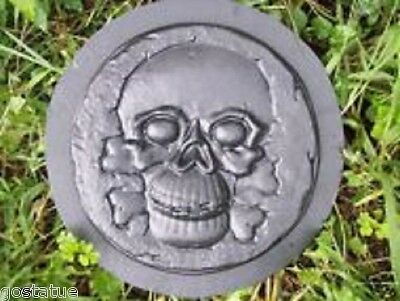 "Mini Tombstone skull poly plastic mold 5.5/""H"