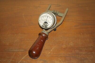Vintage Weston Electrical Instrument Corp Battery Tester DC Volt Meter model 453