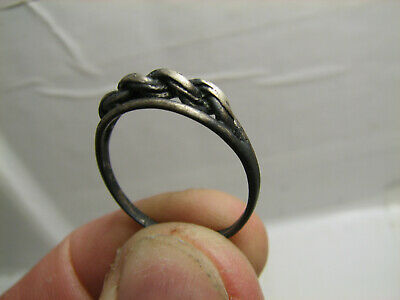FOUND with METAL DETECTOR OLD VINTAGE STERLING SILVER RING  # 1432