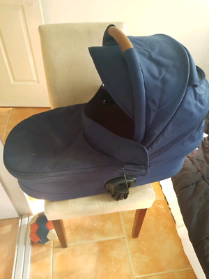 Redsaby bassinet for jive or metro for sale