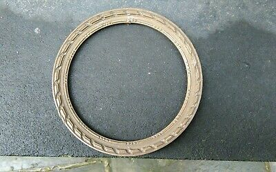 """ANTIQUE ROUND SMALL CARVED WOOD CLASSICAL PHOTO PICTURE FRAME 6 1/4"""" dia/wide"""
