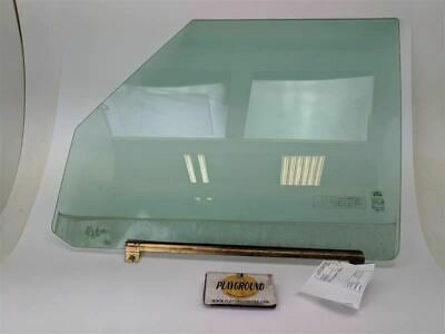 LAND ROVER DISCOVERY LEFT REAR WINDOW GLASS 1999-00-01-02-03-2004