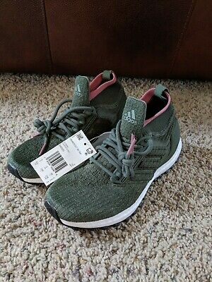 Adidas Ultraboost Youth Kids Girls Shoes Size 5.5 Womens 7 NEW Green