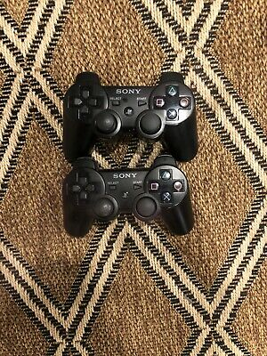2 New Wireless Controllers for Playstation 3