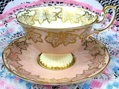 Royal Albert Peach Ribbed Teacup With Gold Gilt Leaves Tea Cup & Saucer