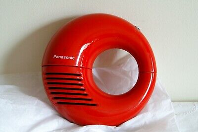 Panasonic Toot A Loop Wrist Radio Am R-72 Modern Red  Cleaned and tested.