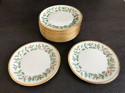 Lenox Holiday Dimensions Dessert Plates Christmas China Porcelain Holly Berries
