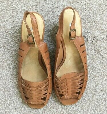 K- Shoes Tan Sandals Size 5