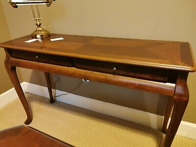 3' Hallway Table/Desk with drawers
