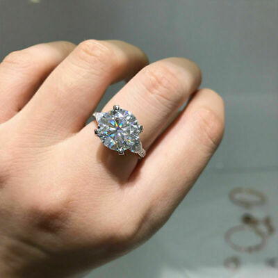 2.60Ct Round-Cut VVS2 Diamond Solitaire Engagement Ring 14K White Gold Finish