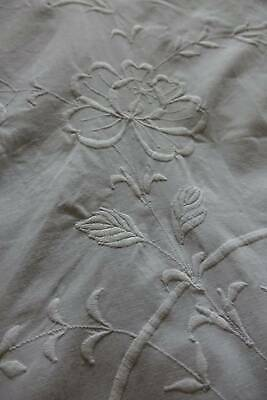 """Vintage white cotton bedspread with whitework embroidery 68"""" x 88"""""""