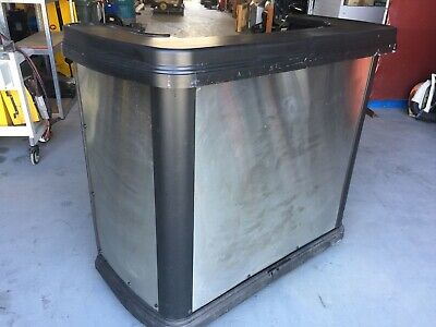 Portable Mobile Stainless Steel Bar on Wheel - 144 x 70 x 123cm - Parties