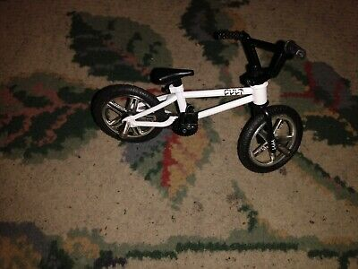 Exclusive Tech Deck BMX Finger Bikes Freestyle Hits WE THE PEOPLE Brown Frame