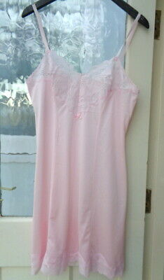 "BWOT M&S St Michael Pink Cling Resist Antistatic Full Slip Bust 38"" Length 37"""
