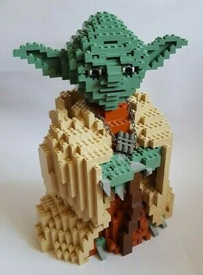 Lego Star Wars 2002 - Yoda 7194. Used but excellent condition. FREE SHIPPING!
