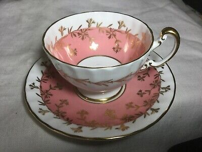 Aynsley Bone China Textured Pedestal Cup And Saucer  England     White/Pink/Gold