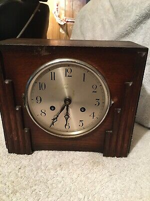Art Deco Vintage Oak Mantel Clock