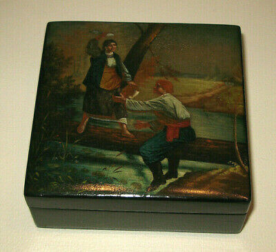 Fine Antique Russian hand painted lacquer box