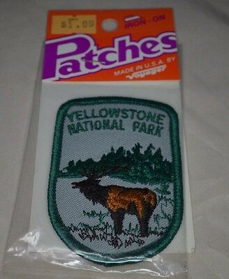 VTG New Embroidered YELLOWSTONE NATIONAL PARK Moose Souvenir Cloth Badge Patch