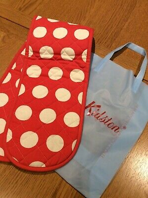 Cath Kidston Red Spot Oven Gloves New With Gift Bags