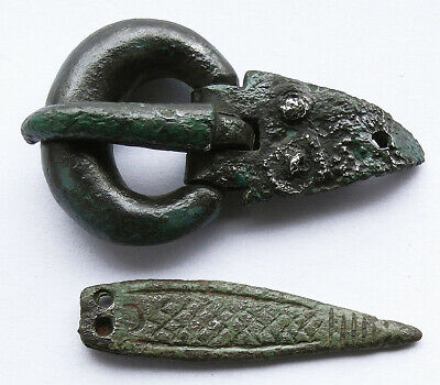 A superb genuine Anglo-Saxon bronze buckle and strap-end UK find