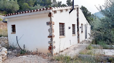 Spain  Tortosa   Pretty, secluded country  cottage Off-grid   5 acres approx