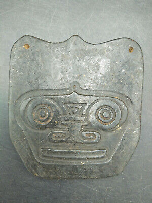 Hongshan culture Magnetic jade stone carved Person's face jade pendant WM027