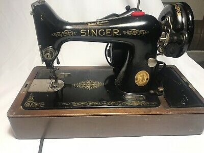 Vintage Singer Sewing Machine 1950 With Wooden Case It Works