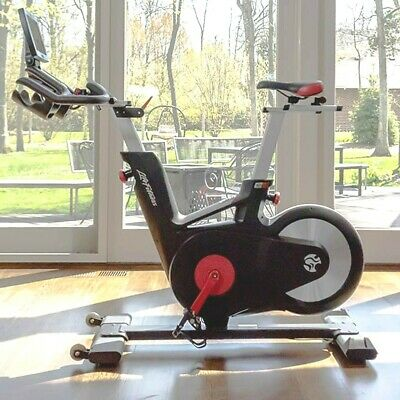Life Fitness LC6 Bike with MY RIDE, Indoor Exercise Cardio Gym Cycle - MyRide