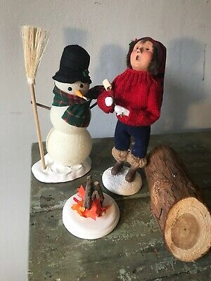 Byers Choice Penguin on Saucer w//Ear Muffs Very Cute Great 4 Winter Display!
