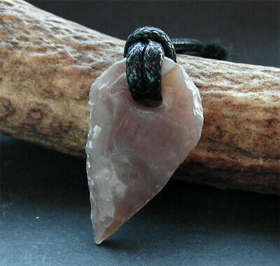 A GENUINE ANCIENT NEOLITHIC FLINT ARROW HEAD AMULET - wearable