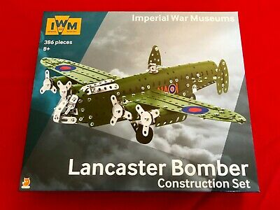 Imperial War Museums Willys MB Jeep Construction Set 392 Piece Steel Model Kit