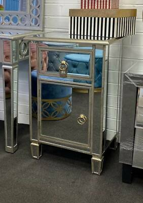 Mirrored Cabinet side table (Light Champagne)