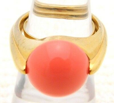 VTG CROWN TRIFARI Gold Tone Art Deco Style Faux Coral Lucite Ring