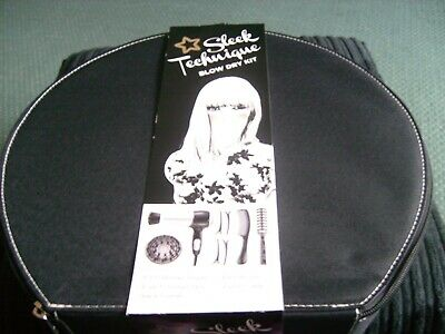 Hair Drying Blow Dry Kit - Hairdrier and Styling Kit - with Vanity Case BNWT