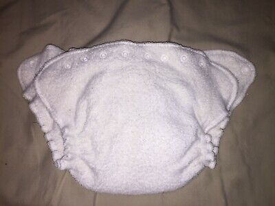 1 qty used    Happy Heiny's   white   Cloth/fleece diaper      liner sewed in !