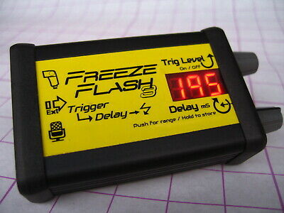 Digital Flash Trigger delay for high speed photography