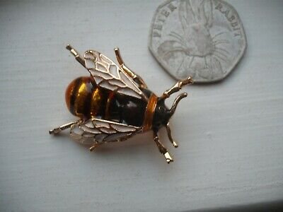 Beautiful Vintage Style HONEY BEE Bumble  ENAMEL BROOCH Pin Manchester Jewellery