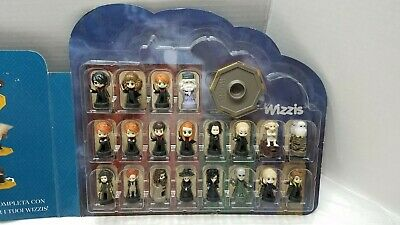 """Compete Set of 20 Harry Potter Wizzis 1.5"""" Figures Game in the Case by Esselunga"""